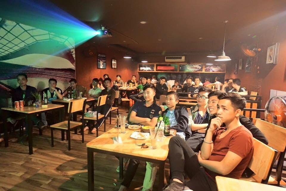 quán cafe xem bóng đá Hà Nội