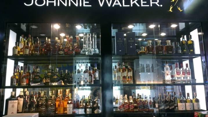 cửa hàng rượu hà nội
