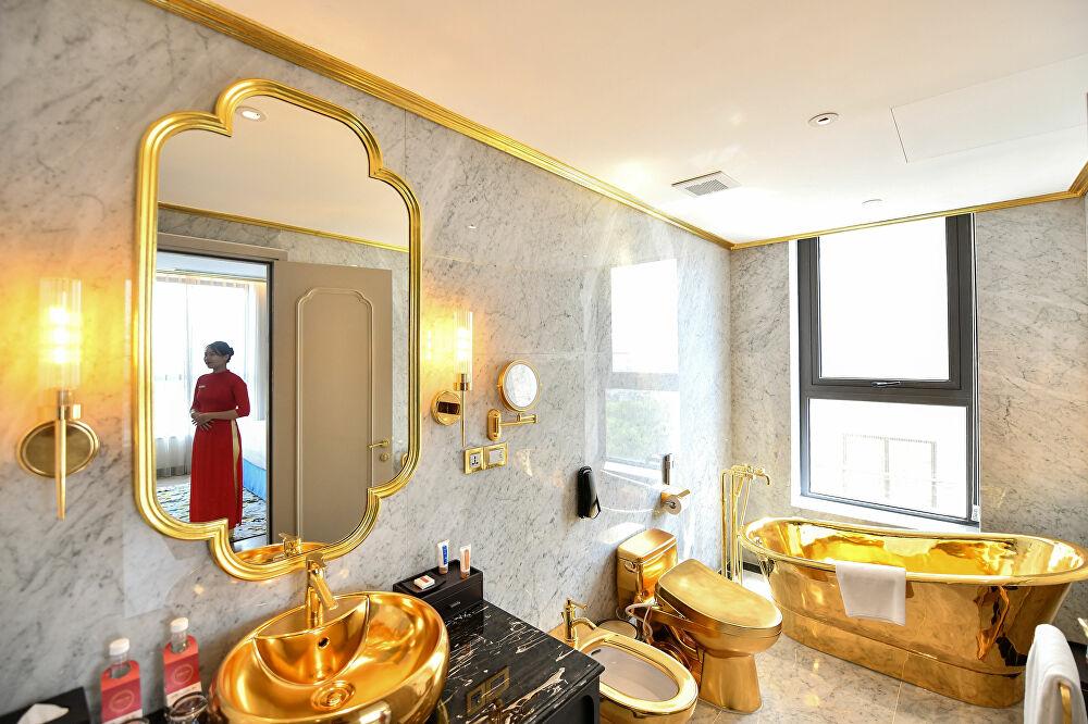 Khách sạn Hà Nội dát vàng