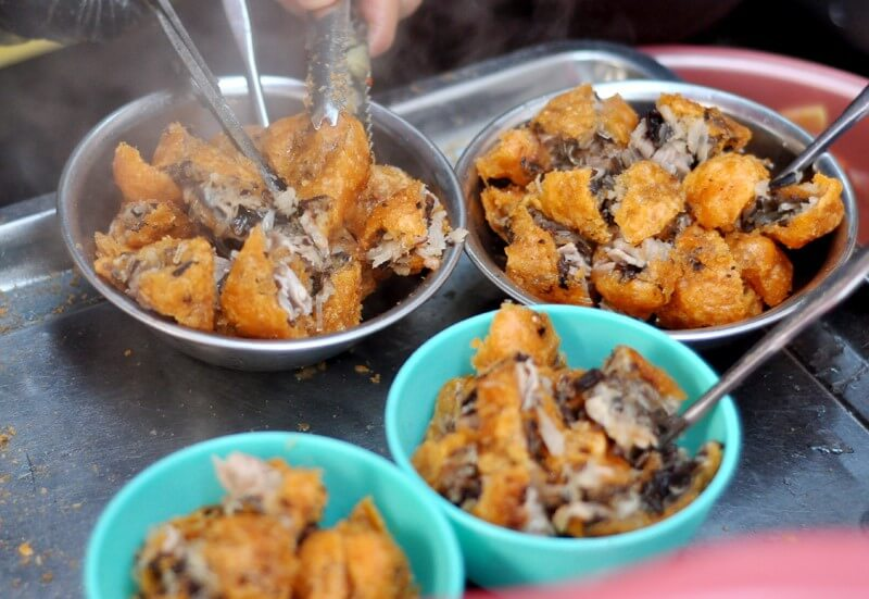 Khám Phá 3 Món Ăn Vặt Ở Hà Nội Đặc Trưng Vào Mùa Thu Đông